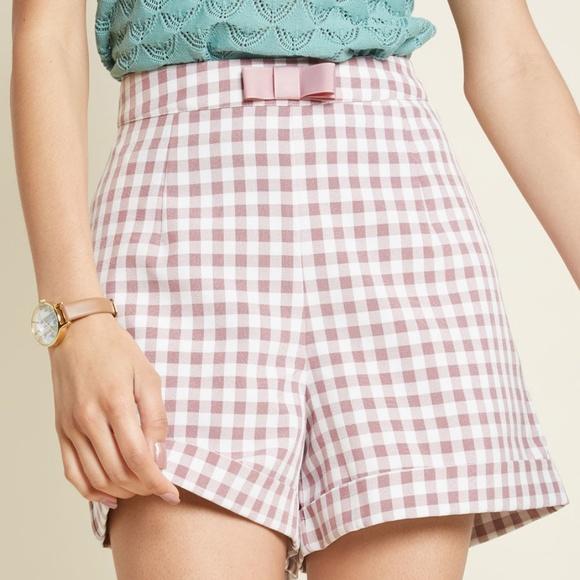 Modcloth Pants - NWT Modcloth Gingham Check High Waist Bow Shorts S